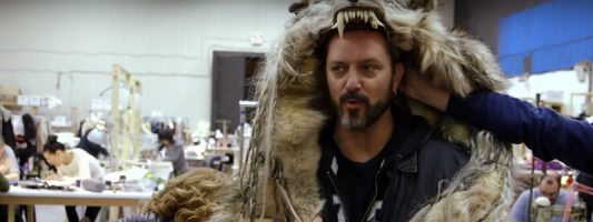Warcraft-Film: Chris Metzen am Filmset